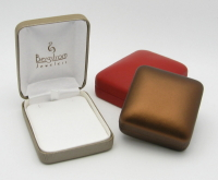 Metallic Bronze, Hollyberry and Copper Vienna Leather Boxes