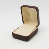 #9E Port Vienna Leather Post Earring Box